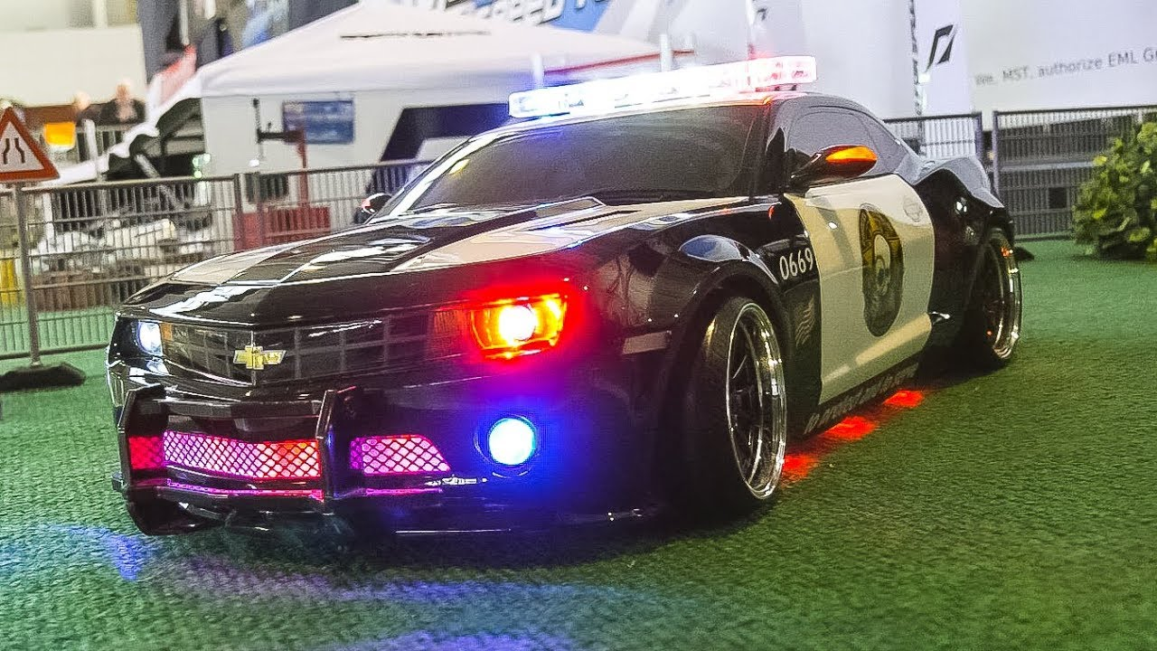 Rc Model Drift Car Chevrolet Camaro Ss V8 Police In Action