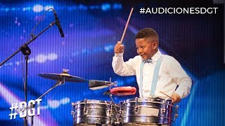 Dylan pone a bailar a Waddys con sus timbales| Dominicana´s Got Talent 2019
