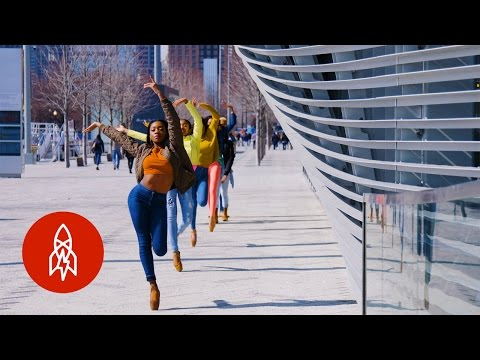 Hip-Hop En Pointe: The Rhythm and Beat of Hiplet