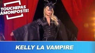 Kelly Vedovelli débarque sur le plateau en vampire sexy !
