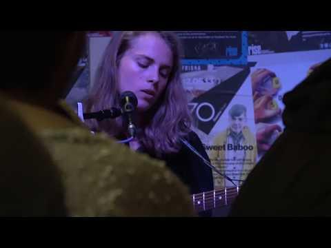 Marika Hackman - Good Intentions (live at Rise, Bristol - 5th June 17)