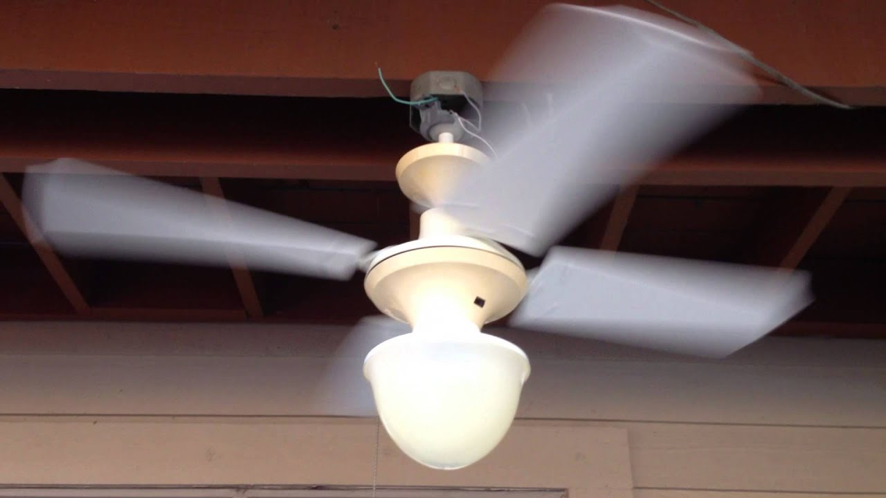 "36"" Lasko 3600 series plastic ceiling fan"