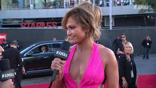 Jennifer Lopez Red Carpet Interview - AMAs 2018