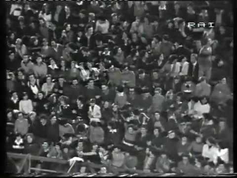 Le Orme - Arena di Verona Festivalbar 1976 (Canzone d'amore)