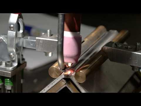 Video Kolaborativní svařovací robot COWELDER