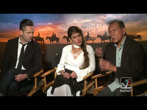 Hostiles  w Wes Studi, Q'Orianka Kilcher and Director Scott Cooper