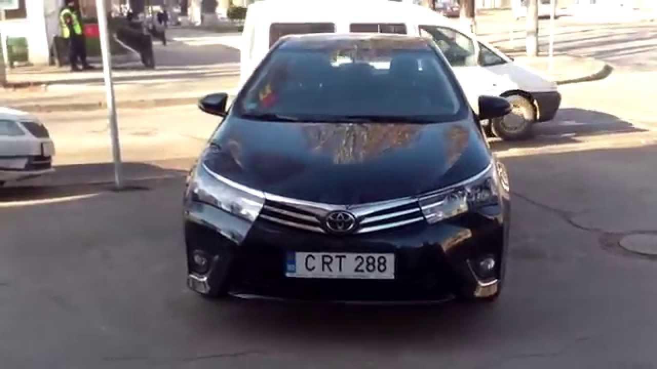 Mașini bengoase parcate ilegal lîngă ambasada rusă