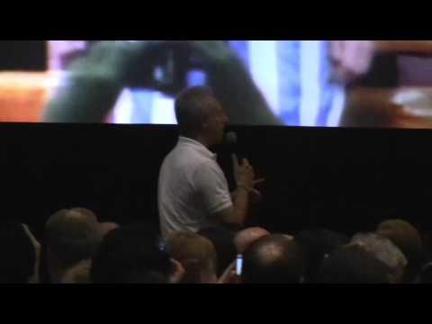 Brent Spiner vs. Patrick Stewart 2010 Star Trek Convention
