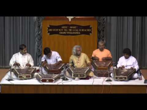 500 strings of santoor by Pt. Tarun Bhattacharya and Disciples PART-1