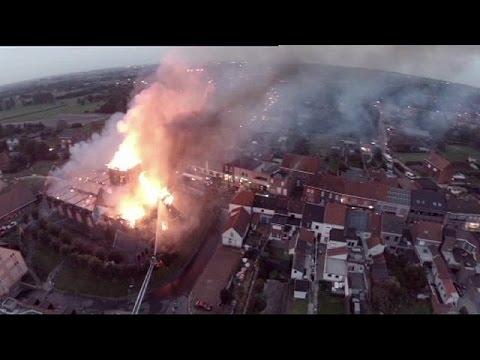 Βέλγιο: Παρανάλωμα του πυρός ιστορική εκκλησία