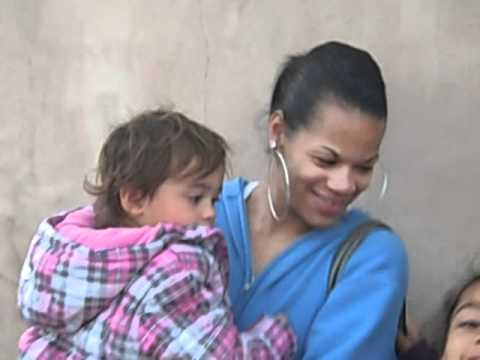 SINGLE PARENT MOM With Children HOMELESS!