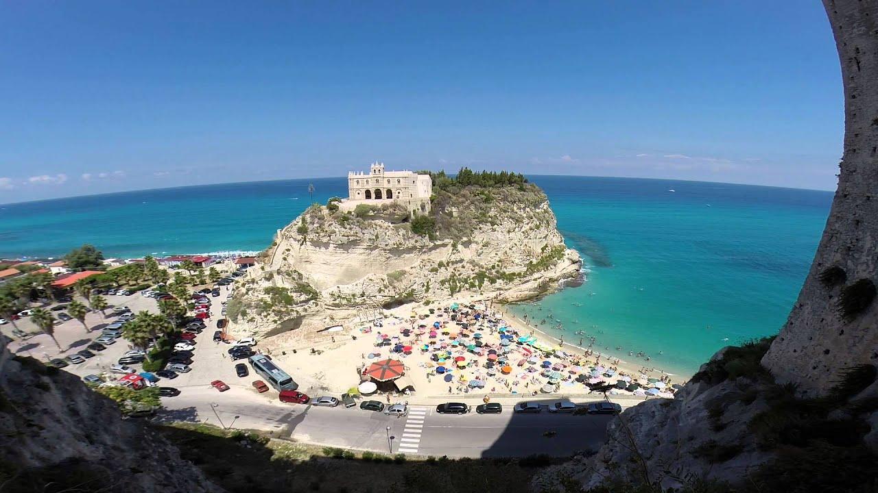 Matrimonio Spiaggia Tropea : Un matrimonio in spiaggia in calabria calabria wedding video