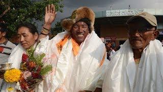 Непальский шерпа взобрался на Эверест в рекордный 22-й раз