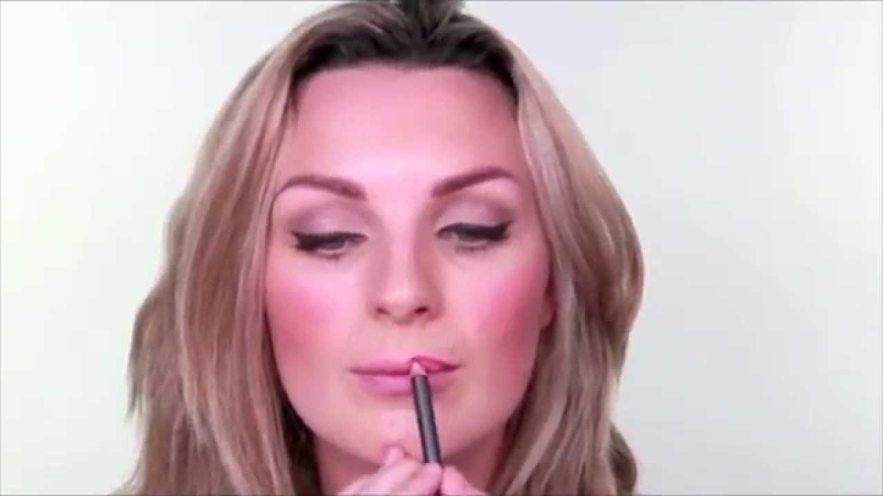 Real Techniques Retractable Lip Brush Ulta Beauty Youtube