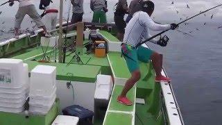 Okyanusta müthiş bir orkinos avı / İncredible Tuna Fishing