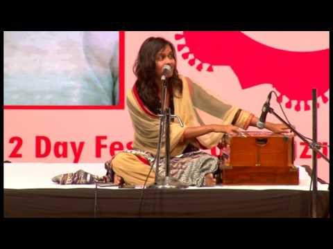 Pooja Gaitonde performing in Indian Music Festival, Nehru Centre, Worli DEC 2016