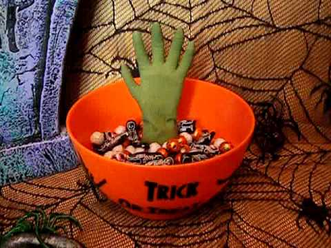ANIMATED GRABBING MONSTER HAND CANDY BOWL Haloween Party Prop ...
