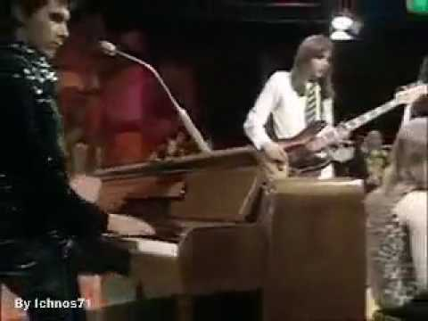 Roxy Music - Virginia Plain [Live, TOTP - 1972]