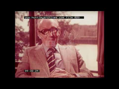 Arthur Askey on meeting David Niven, 1970's. Archive film 820