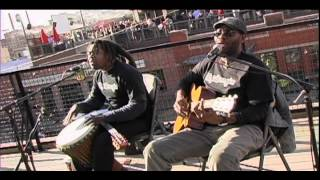 bob marley three little birds by playing for change   acoustic moboogie rooftop session
