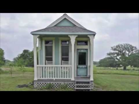 Tiny Victorian Cottage by Tiny Texas Houses