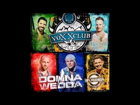 Voxxclub  - Dirndl fertig los