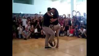 Видео: Isabelle and Félicien - Kizomba intermediate (KIFE 2013 Kizomba Italia Festival)