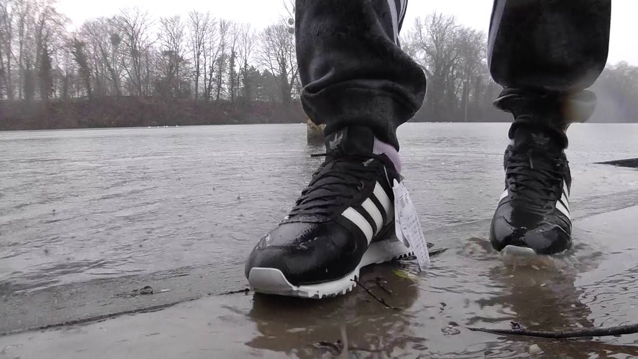 5bbd65e14 netherlands adidas zx700 font plouf dans la seine 7a087 ae82e