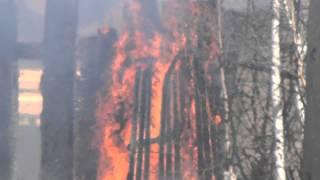 Пожар на лесоперевалочной базе лесосибирск