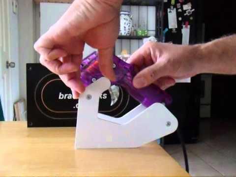 Brad's Tracks slot car controller holder