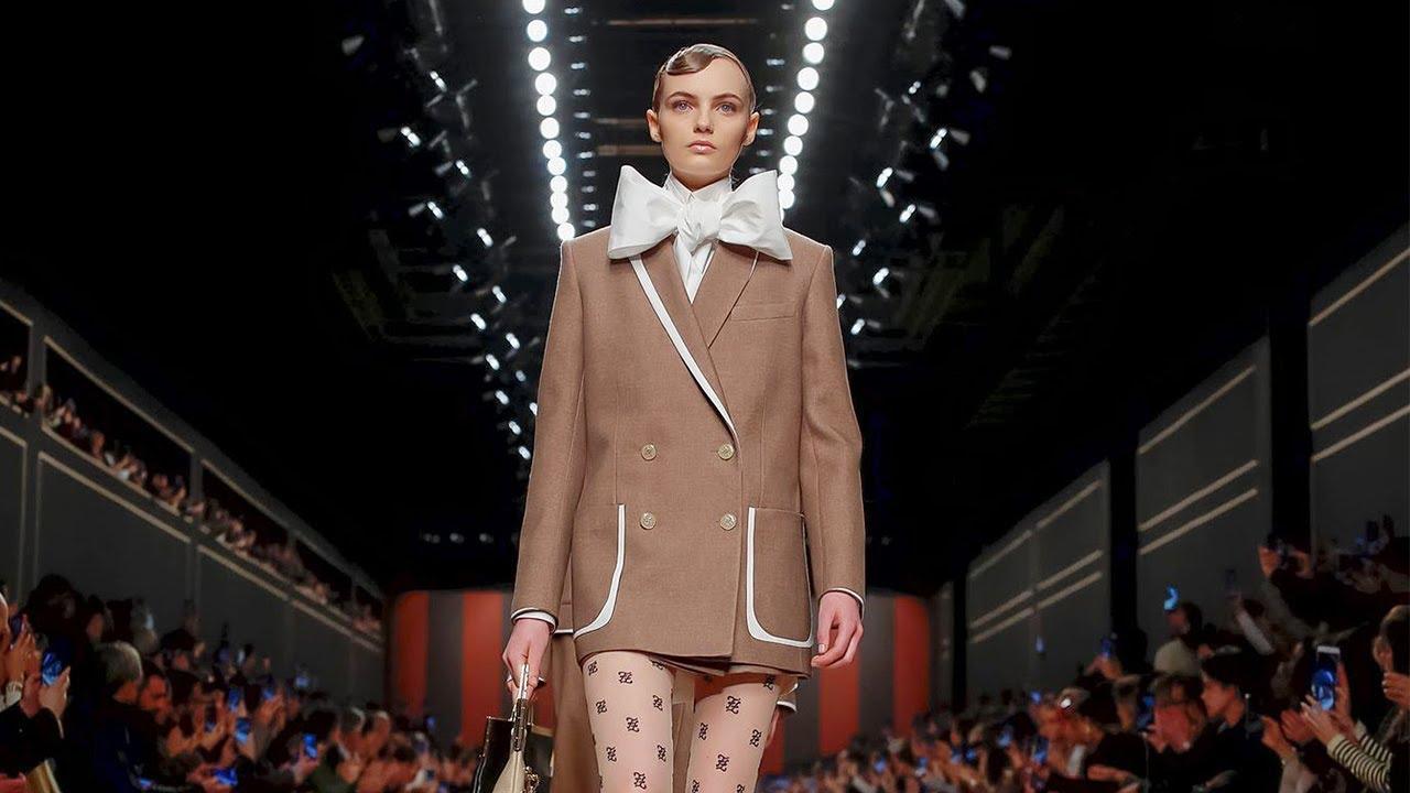 [VIDEO] - Fendi | Fall Winter 2019/2020 Full Fashion Show | Exclusive 5