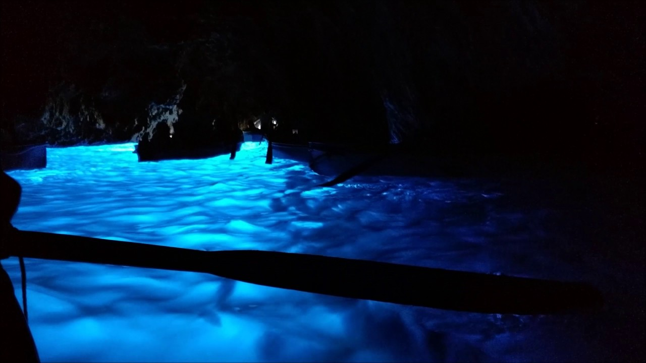 Grotta Azzurra (Blue Grotto) - Capri | Blue Grotto, Italy | Under ...