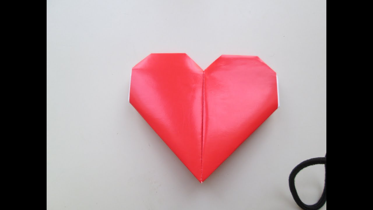 Diy comment faire un c ur avec du papier color youtube - Comment faire un coeur avec des photos ...