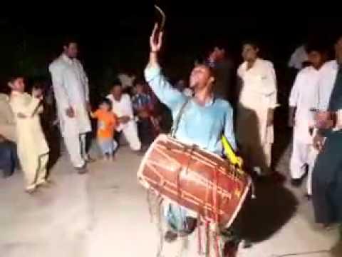 Ali mola Ali mola.. dhol player