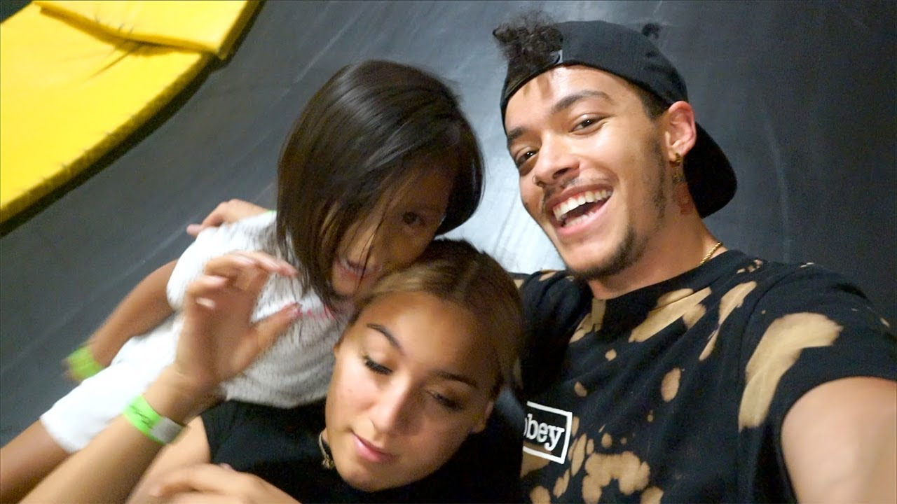 a-dysfunctional-family-vlog