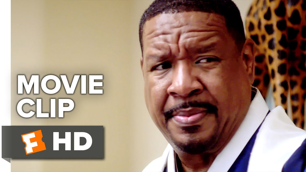A Weekend with the Family Movie CLIP - Meet the Family (2016) - Dorien  Wilson Movie HD
