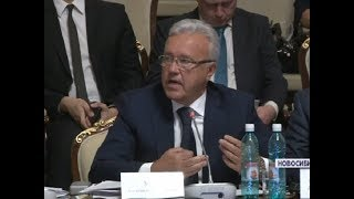 Александр Усс и Сергей Меняйло обсудили вопросы помощи обманутым дольщикам