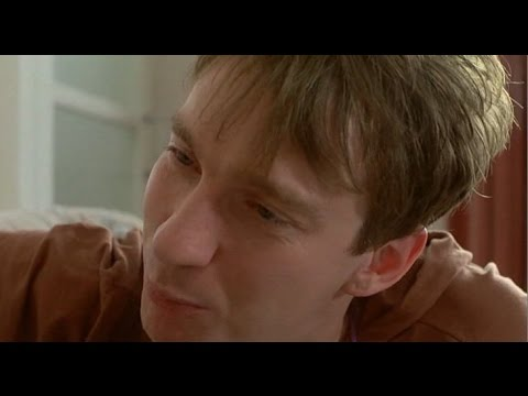 David Thewlis in Life is Sweet 1990 part 2