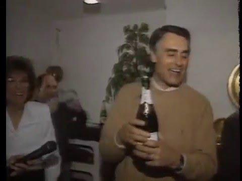 Cavaco Silva a dançar Scatman John na passagem de ano 95/96