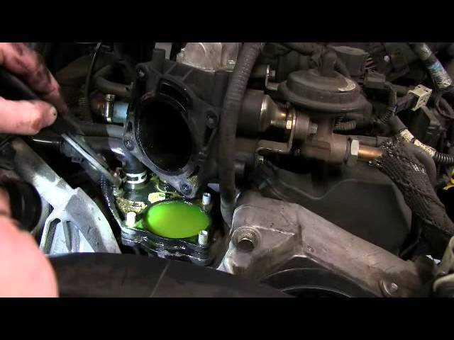 Thermostat Housing Replacement On 4 0 Liter Ford Explorer Sport Trac Youtube