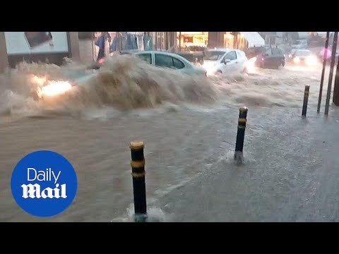 Drivers stranded in flash floods as severe storm hits Greece - Daily Mail