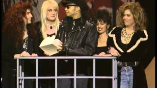 Paul Simon Wins Favorite Pop/Rock Album -- AMA 1988