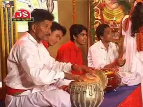 Aavo Bhathi Dada - Gujarati Desi Bhajan (Garabi)
