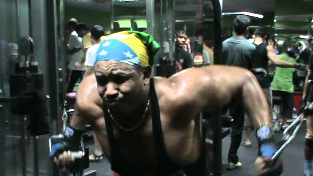 Ethiopian body builder 11/11/11 - YouTube