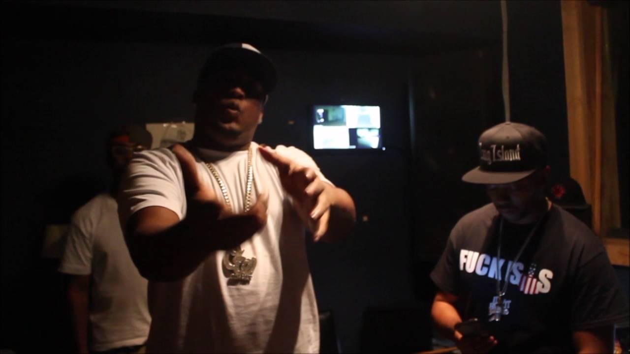Oun-P ft. Styles P - Fake Niggas (In Studio)