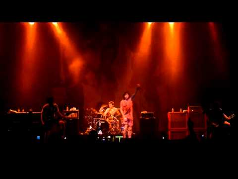 [HD] Bring Me The Horizon - Pray For Plagues (Live in Jakarta 2011)