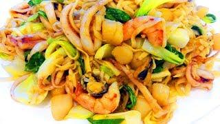 Китайская кухня. Лапша вок с морепродуктами.
