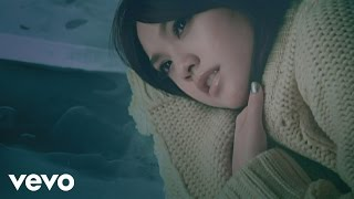 Music video by Rainie Yang performing Leng Zhan. (C)2008 SONY MUSIC...