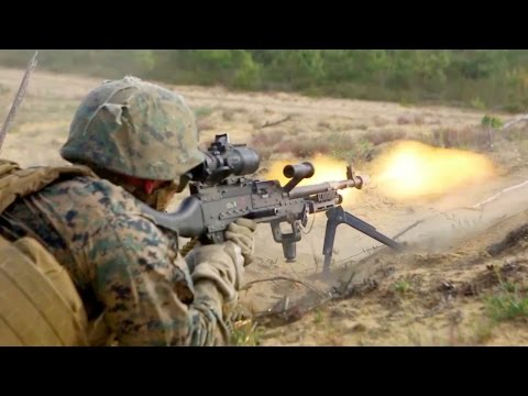 US Marines Attack On Enemy In Mega War Games Near Russia