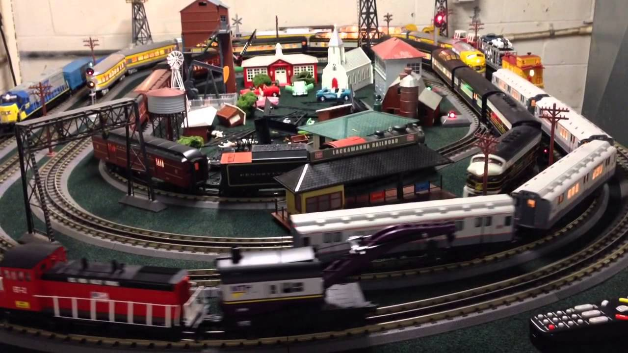 MTH train layout for sale